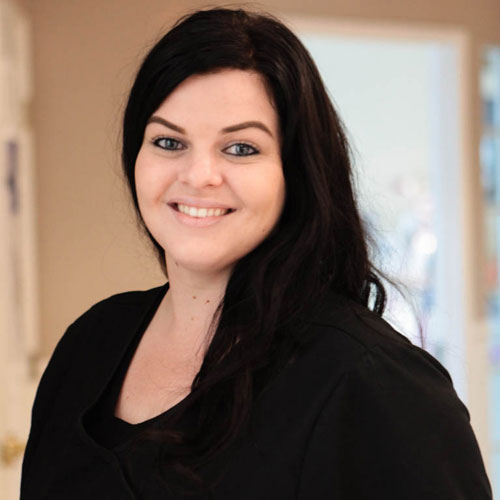 Shannon, Dental Assistant for Larrondo Family Dentistry in Hemet, CA.